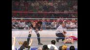 April 25, 1994 Monday Night RAW.00027