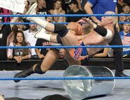 October 20, 2005 Smackdown.26