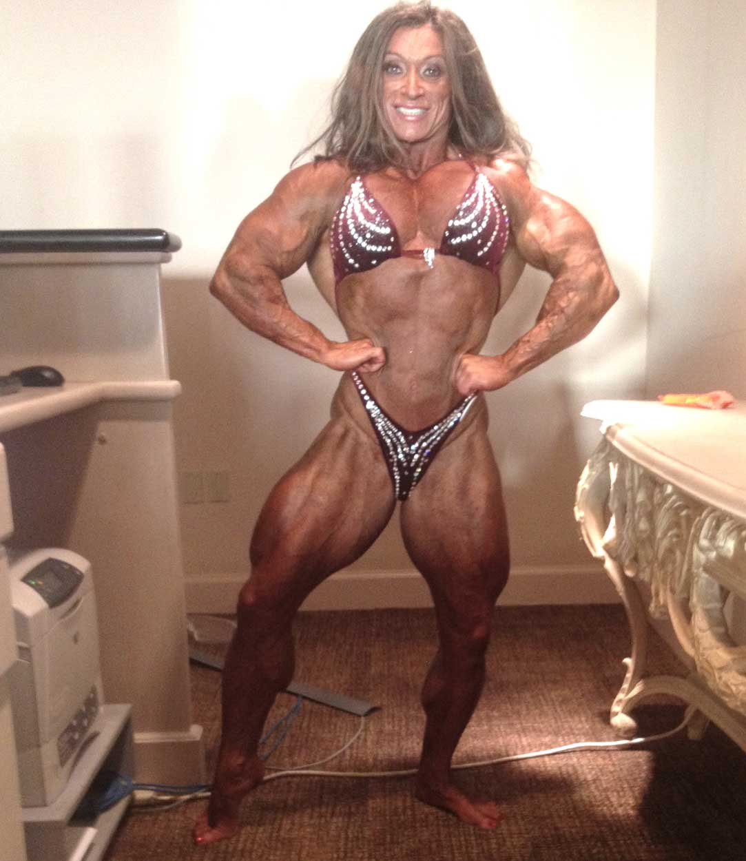 muscle freak women nude picture