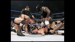 Smackdown-10-March-06-7