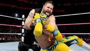 October 5, 2015 Monday Night RAW.33