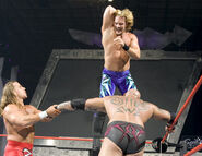 Raw 27-9-2004
