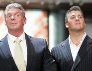 Raw 14-8-2006 22