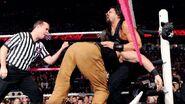 October 12, 2015 Monday Night RAW.32