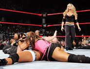 November 28, 2005 Raw.21