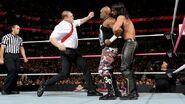 October 5, 2015 Monday Night RAW.45