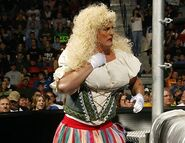 Smackdown-14April2006-14