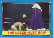 1987 WWF Wrestling Cards (Topps) The Loser Must Bow 34