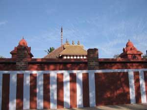 File:Swamithoppe pathi .jpg