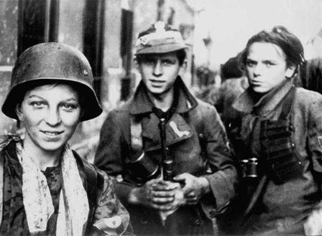 File:Warsaw Uprising boyscouts.jpg