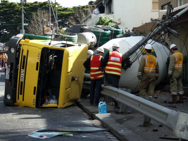 File:Cement truck crash.jpg
