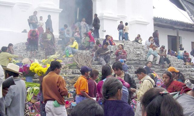File:Market-Chichicastenango.jpg