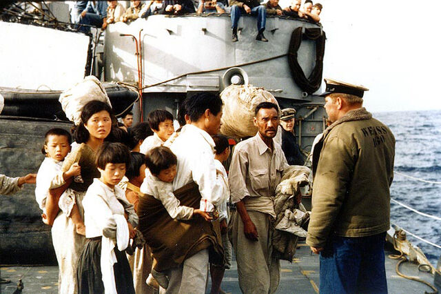 File:KoreanWar refugees2.jpg