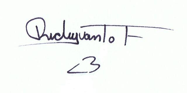 File:RickyvantofAutograph.jpg