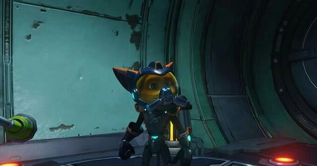 File:Ratchet, with O2 Mask.jpg