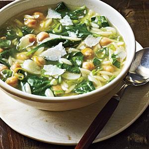 Spinach-pasta-pea-soup-ck-l