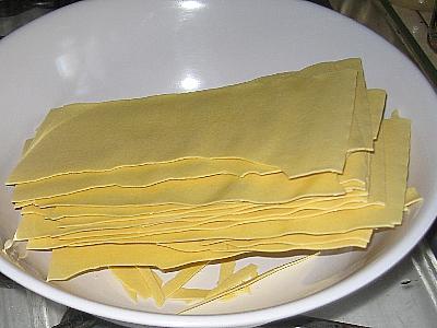 File:Lasagne noodles.jpg