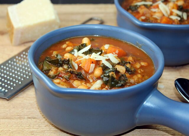 File:Winter-minestrone-2.jpg
