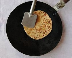 550px-Make-Rotis-Indian-Style-Step-6