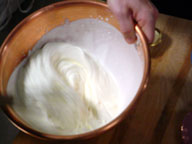 File:WhippingCream.jpg