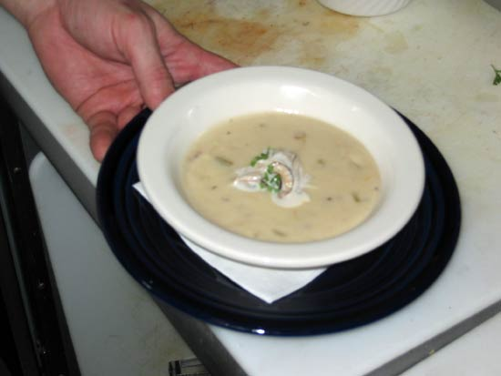 File:Oyster-soup.jpg