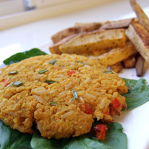File:Middle-eastern-chickpea-burgers-004.jpg
