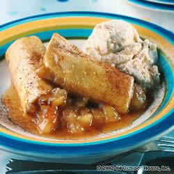 File:Apple Enchilada Dessert.jpg