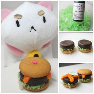 Bee-and-Puppycat-Burger-Cookies