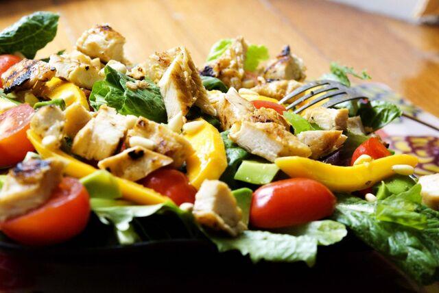 File:Grilled-Turkey-Mango-Summer-Salad.jpg