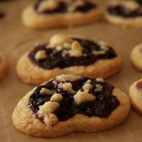 File:Cherry Cookies Crop.jpg