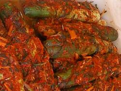 Korean.cuisine-Kimchi-Oisobaki-01