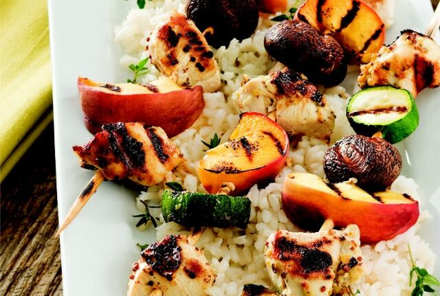 File:Grilled-Chicken-and-Peach-Kabobs.jpg