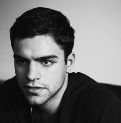 sean teale and adelaide kane