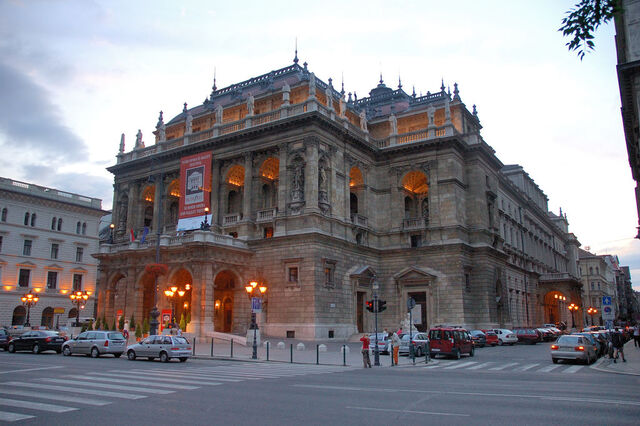 File:500px-Hungarian State Opera House(PDXdj).jpg