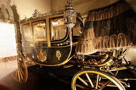 File:Chateau de Chambord carriage.jpg