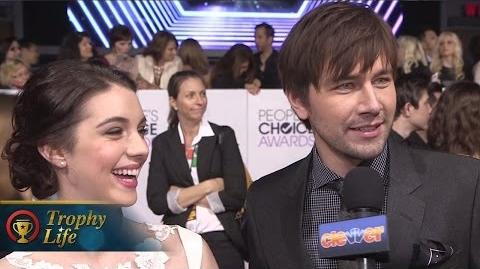 """Reign"" Cast Reveals Romance Spoilers at People's Choice 2014!"
