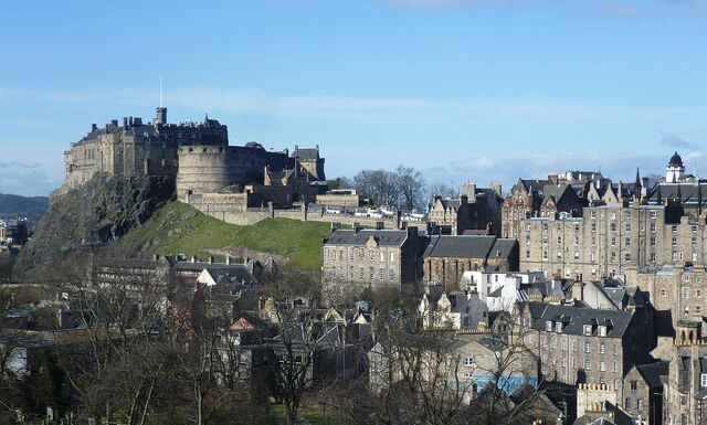 File:1280px-Edinburgh Castle from the south east.jpg