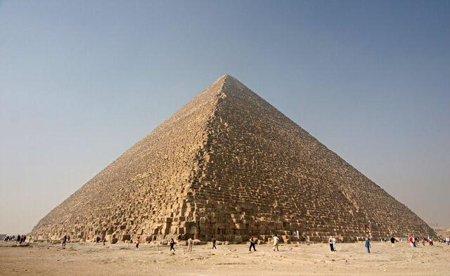 File:GreatPyramidOfGiza.jpg