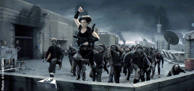 File:Alice running from zombies in Afterlife.jpg