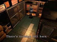 Resident Evil 3 Nemesis screenshot - Uptown - Warehouse examine 05