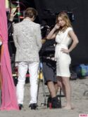 Revenges-Emily-VanCamp-Gabriel-Mann-and-Nick-Wechsler-Shoot-Seaside-White-Wedding-13-435x580
