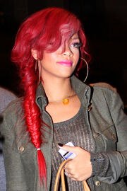 Rihanna-Long-Braided-Hairstyle large 3