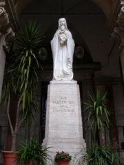 2011 Eusebio, statue
