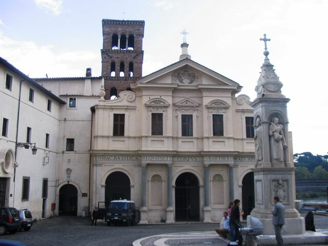 File:Roma - San Bartolomeo all'isola.JPG
