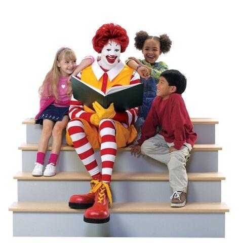 File:Ronald McDonald & Kids 5.jpg
