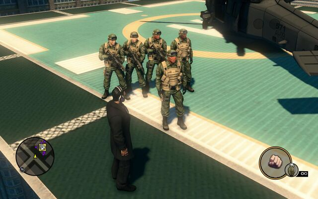 File:SNG soldiers - 5 on helipad in Saints Row The Third.jpg