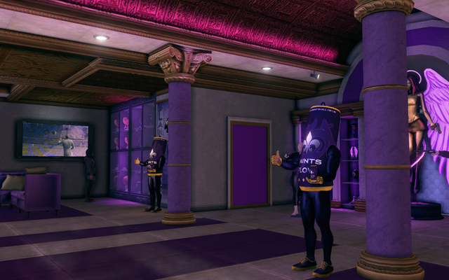 File:Planet Saints - interior with Saints Flow Mascot manniquins.png