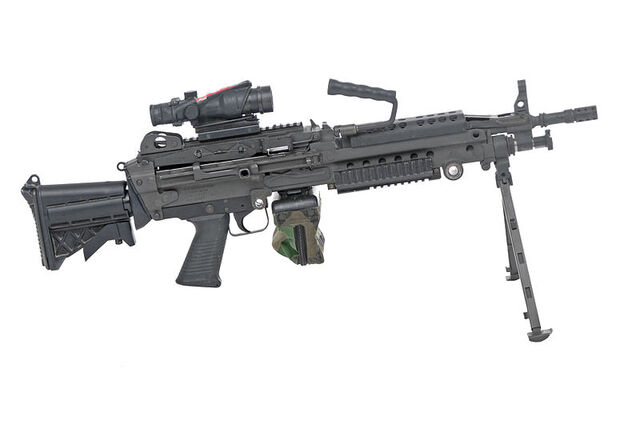File:Automatic Rifle - M249 or MK46 light machine gun in real life.jpg