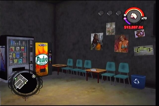 File:Donnie's garage in Saints Row - interior waiting room.jpg