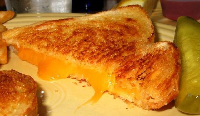 File:Grilled cheese.jpg